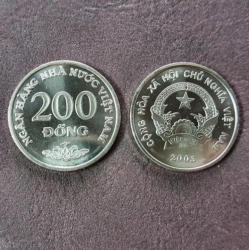 Đồng Xu 200 Đồng Năm 2003